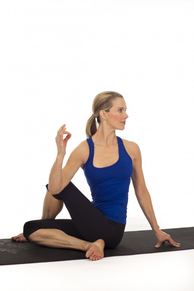 seated-spinal-twist-618x927